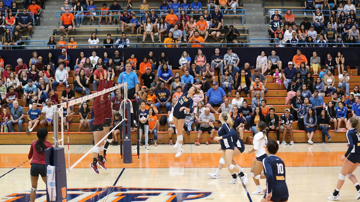 UTEP Volleyball Hits the Road For Two Conference Matches